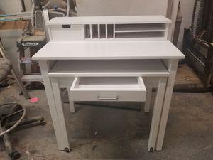 Computer desk. for Sale in Fort Lauderdale, FL