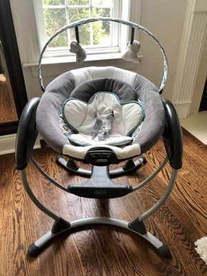 Graco glider LX baby swing for Sale in Plymouth Meeting, PA
