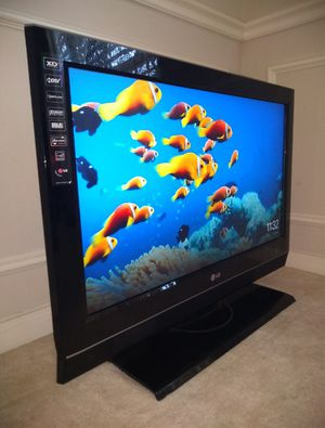 """LG 32"""" TV with remote for Sale in Houston, TX"""
