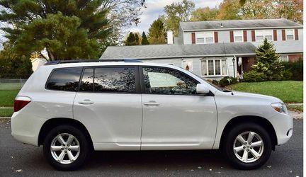 Beautiful 2008 Toyota Highlander AWDWheels💎yhtgrfdsx for Sale in Washington,  DC