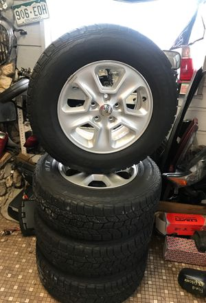 2015 Jeep Grand Cherokee wheels and tires 5x127 for Sale in Alafaya, FL