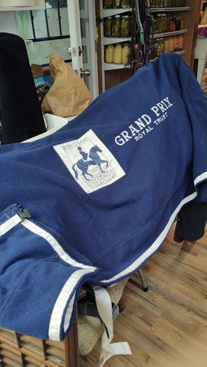 Navy cool-out blanket for Sale in Snohomish, WA