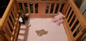 Baby Crib/ small bench for Sale in Santa Monica, CA