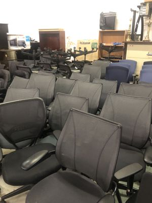 PRE OWNED OFFICE FURNITURE. DELIVERY AVAILABLE for Sale in Chamblee, GA