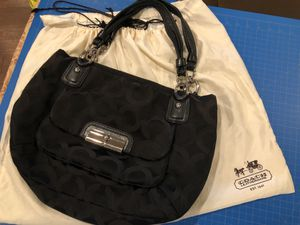 Coach purse - used but good condition for Sale in Olympia, WA