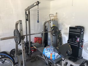 Weight bench and rack with 355 lbs of steel weight for Sale in Kissimmee, FL