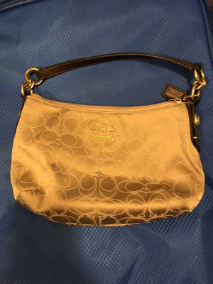 Coach purse/bag small.. make me an offer and pick it up for Sale in Surprise, AZ