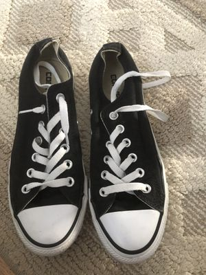 Converse size 7 women's for Sale in Toms River, NJ