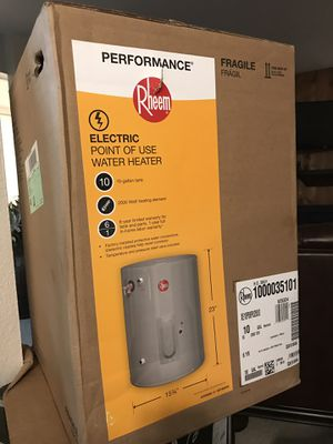 Rheem electric water heater for Sale in San Diego, CA
