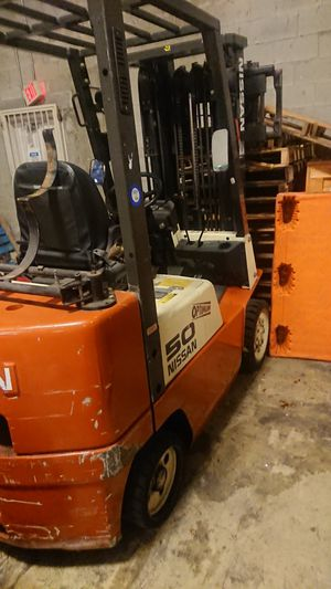 Nissan forklift 50 for Sale in Miami, FL
