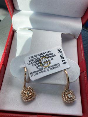 Woman diamond earrings brand new never worn for Sale in Sacramento, CA