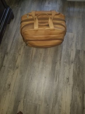 Peils leather bag for Sale in Katy, TX