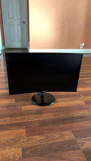 Samsung 24' Curved Monitor for Sale in Lothian, MD