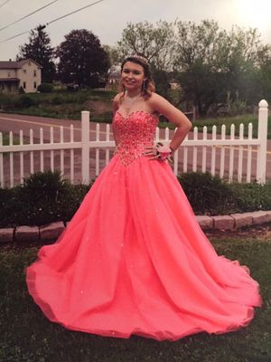 Prom dress / Ballgown for Sale in Hughesville, PA