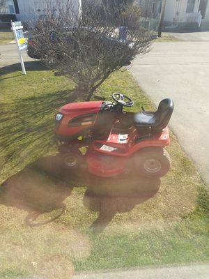 Chraftsman tractor for Sale in Middletown, RI
