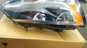 2013 Volkswagen jetta driver side head light Assembly for Sale in Alexandria, VA