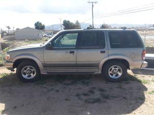 2000 ford explorer for Sale in Hesperia, CA