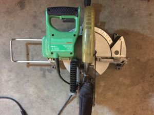 Hitachi 10 in miter saw $50 for Sale in Modesto, CA