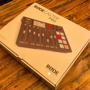 RODECASTER Pro Podcast Consolé for Sale in Chula Vista, CA