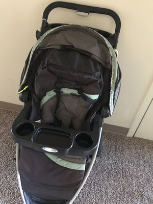 Graco stroller for Sale in Dresden, OH