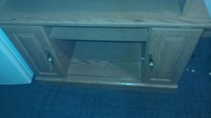 Tv stand for Sale in Pleasant Hill, IA