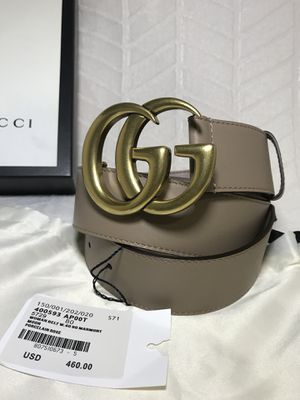 Gucci Dusty Pink Leather Double GG Belt for Sale in Queens, NY