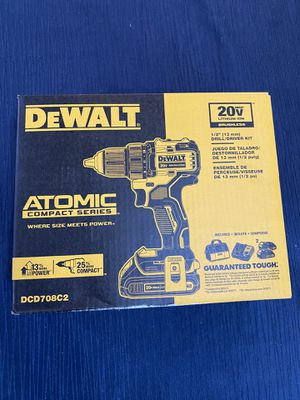 Dewalt DCD708C2 20-Volt MAX Lithium-Ion Compact Drill/Driver Bag (2) Batteries for Sale in Bellevue, WA