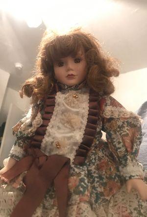 Glass Doll for Sale in Hialeah, FL