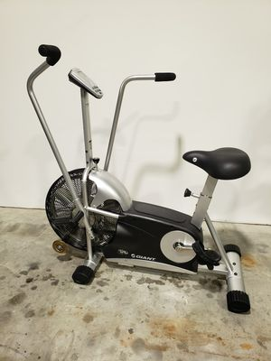 Giant Dual Fit air exercise bike for Sale in Clearwater, FL