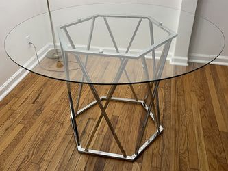 Glass Dining Table for Sale in St. Louis,  MO