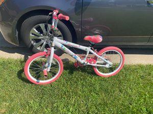 Girls bike Like New for Sale in Ypsilanti, MI