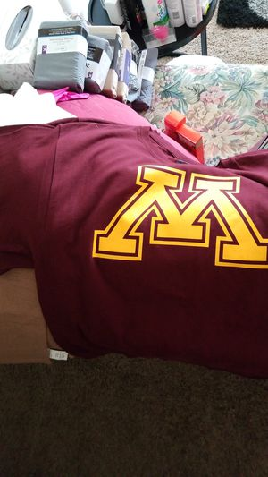 New Minnesota Gophers tshirts $5.00 each 10 total for Sale in Brooklyn Park, MN