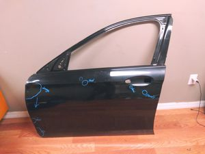 2017- 2019 Mercedes E-class E300 E400 W213 front Door Shell LH Driver Side OEM Used for Sale in Wilmington, CA