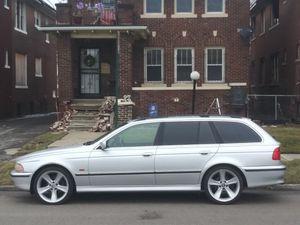 99 BMW station wagon 3000 for Sale in Detroit, MI