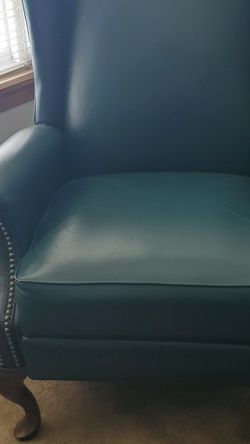 Green Leather Recliner for Sale in Seattle,  WA