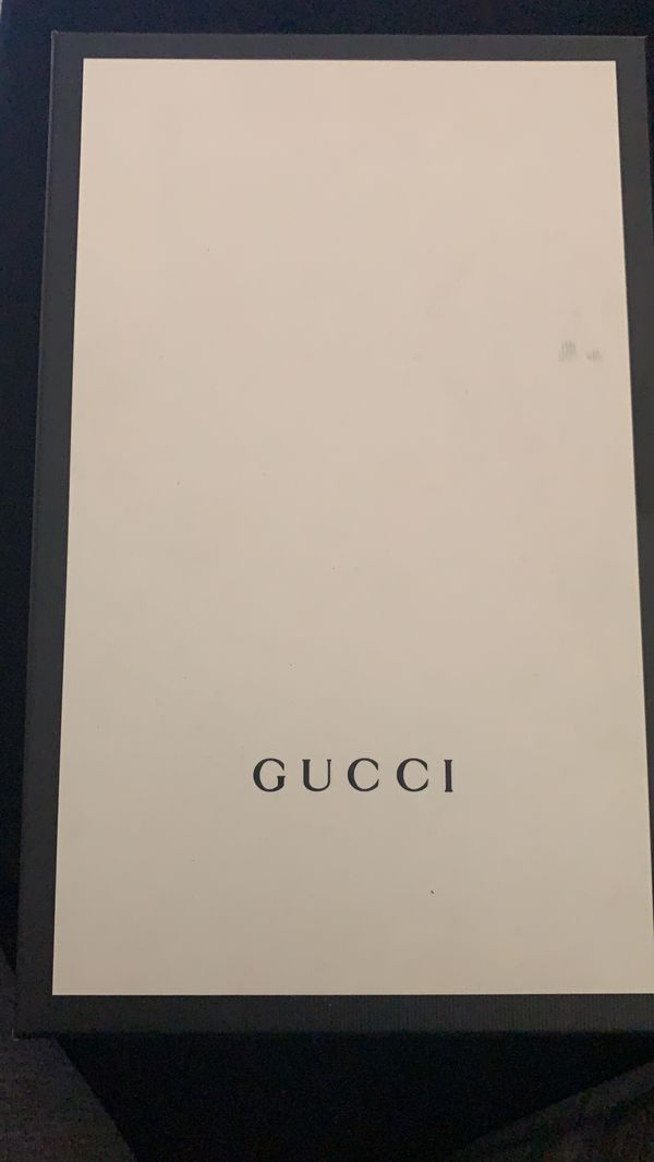 BRAND NEW GUCCI SLIPPERS NEVER WORN