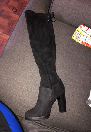 Knee high boots for Sale in Bloomington, CA