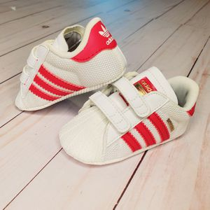 Adidas Baby Athletic Shoes, Size 2K, Pink And White for Sale in Lynnwood, WA