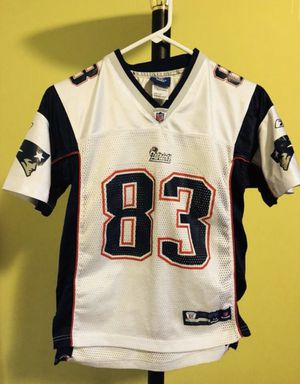 New England Patriots jersey for 10-12 year old kids, gently used, looks new... in great condition... for Sale in Lake Worth, FL