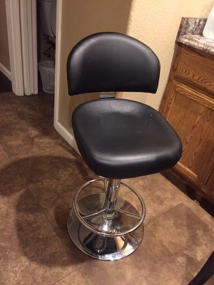 Black bar stool for Sale in Sacramento, CA