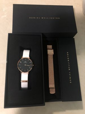 Daniel Wellington Petite Watch for Sale in Alafaya, FL