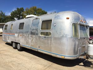 1978 Airstream Sovereign 31' travel trailer for Sale in Burleson, TX