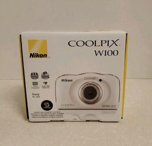 Nikon COOLPIX W100 13.2 MP Digital Camera - White. for Sale in Lone Oak, TX