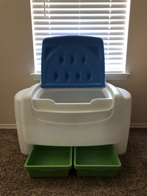 Little Tikes Toy Chest for Sale in Fort Worth, TX