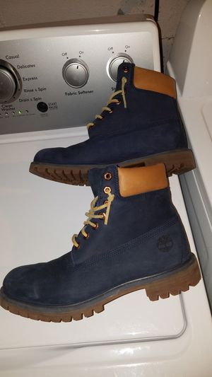 Boots - Timberlands - Navy Blue 9.5 for Sale in Westerville, OH
