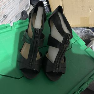 Women's heels size 10 for Sale in North Las Vegas, NV