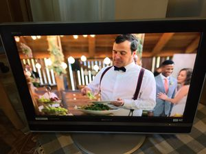 """32"""" Sony Bravia HDTV working great for Sale in Hayward, CA"""