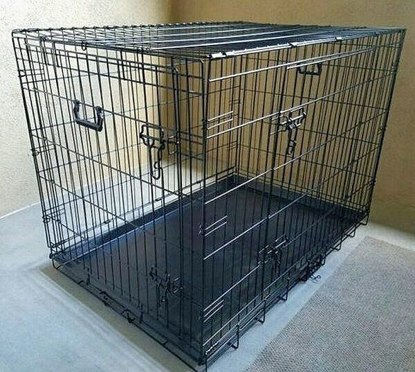 New in box 36x23x25 inches tall 2 doors foldable dog cage crate kennel 70 lbs capacity jaula de perro