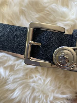 Michael Kors woman belt (never worn) for Sale in March Air Reserve Base, CA