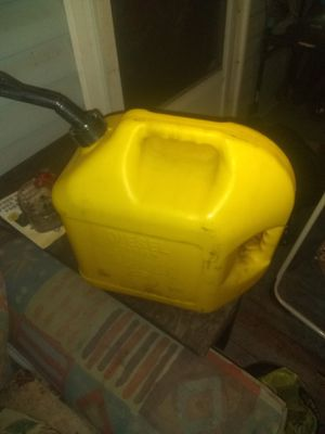 5 gal gas can for Sale in Roanoke, VA